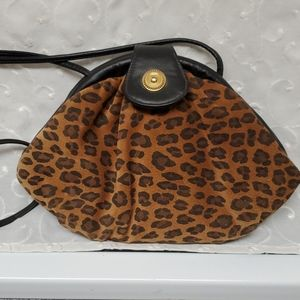 VINTAGE LEATHER LEOPARD SHOULDER BAG